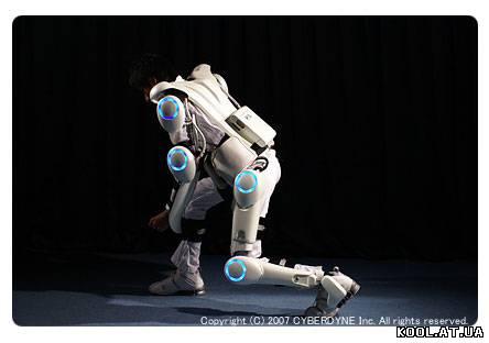 Начались пробные поставки киберкостюма-экзоскелета HAL-5